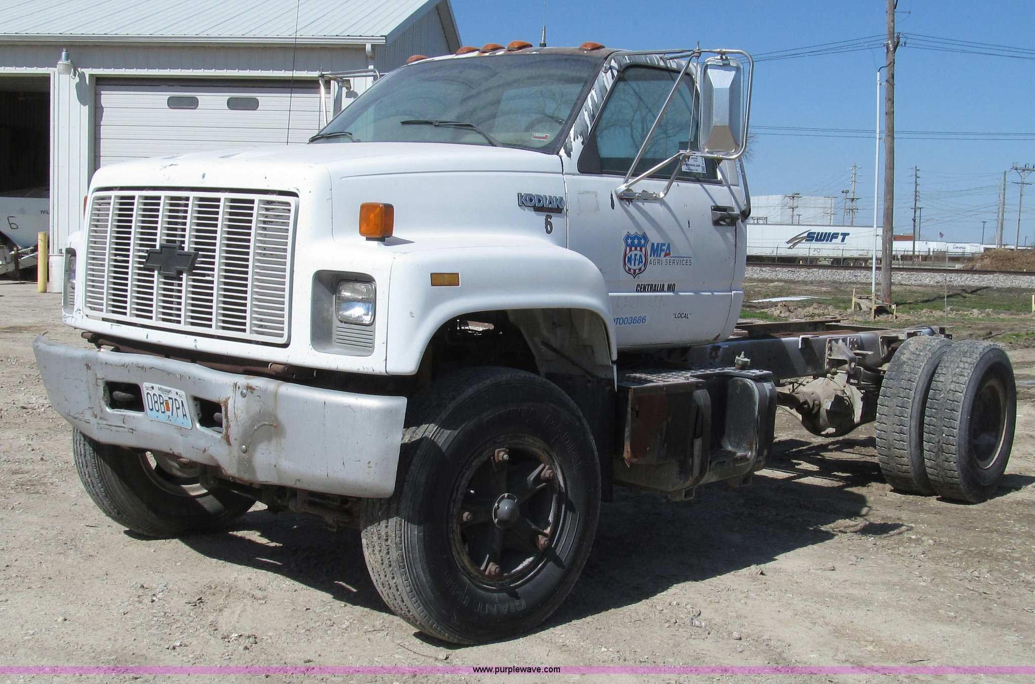 G2344 image for item g2344 1991 chevrolet kodiak truck cab and chassis