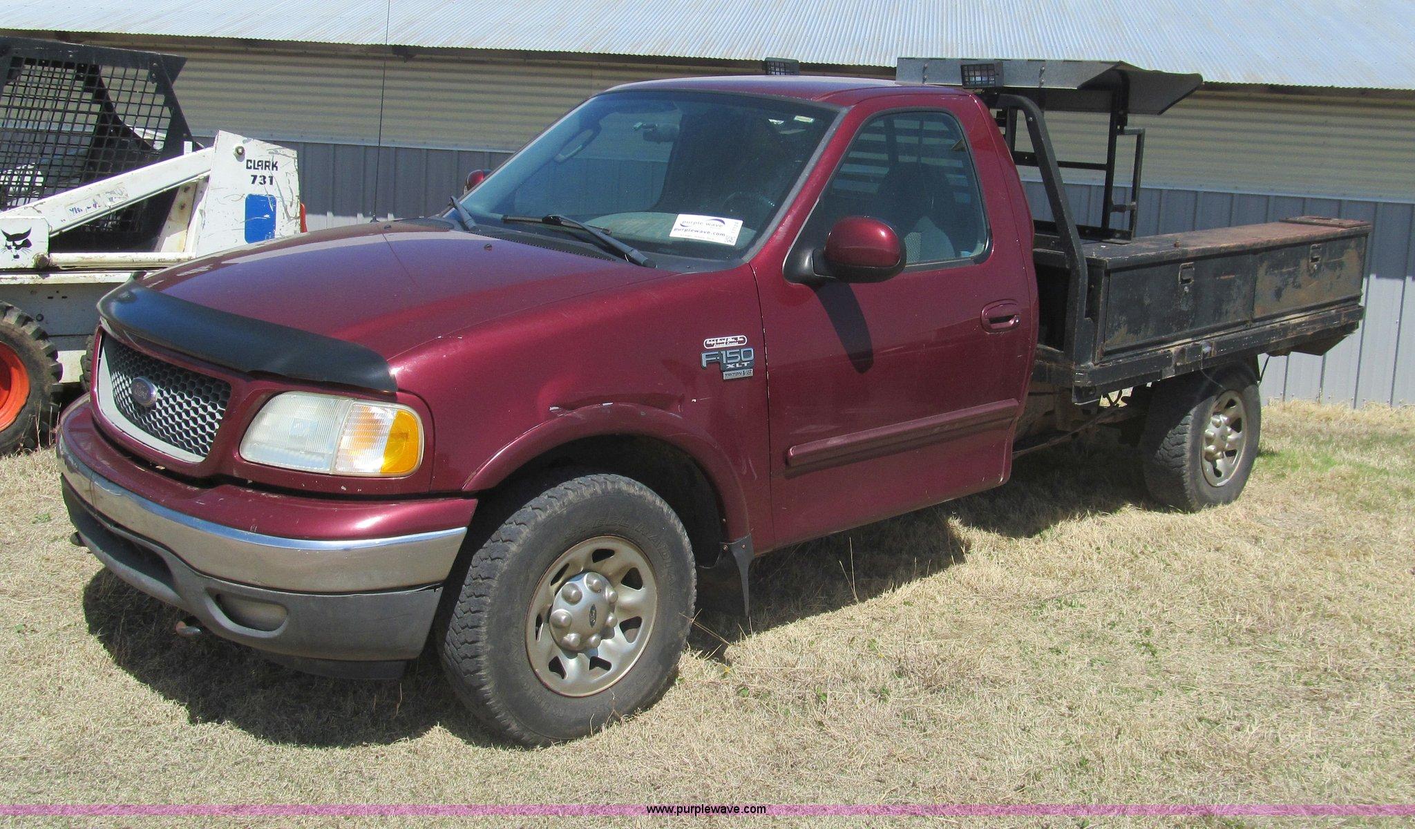 2003 Ford F150 Xlt Flatbed Pickup Truck Item I7124 Sold