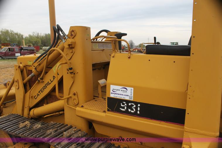 1979 Caterpillar 931 track loader with backhoe attachment |