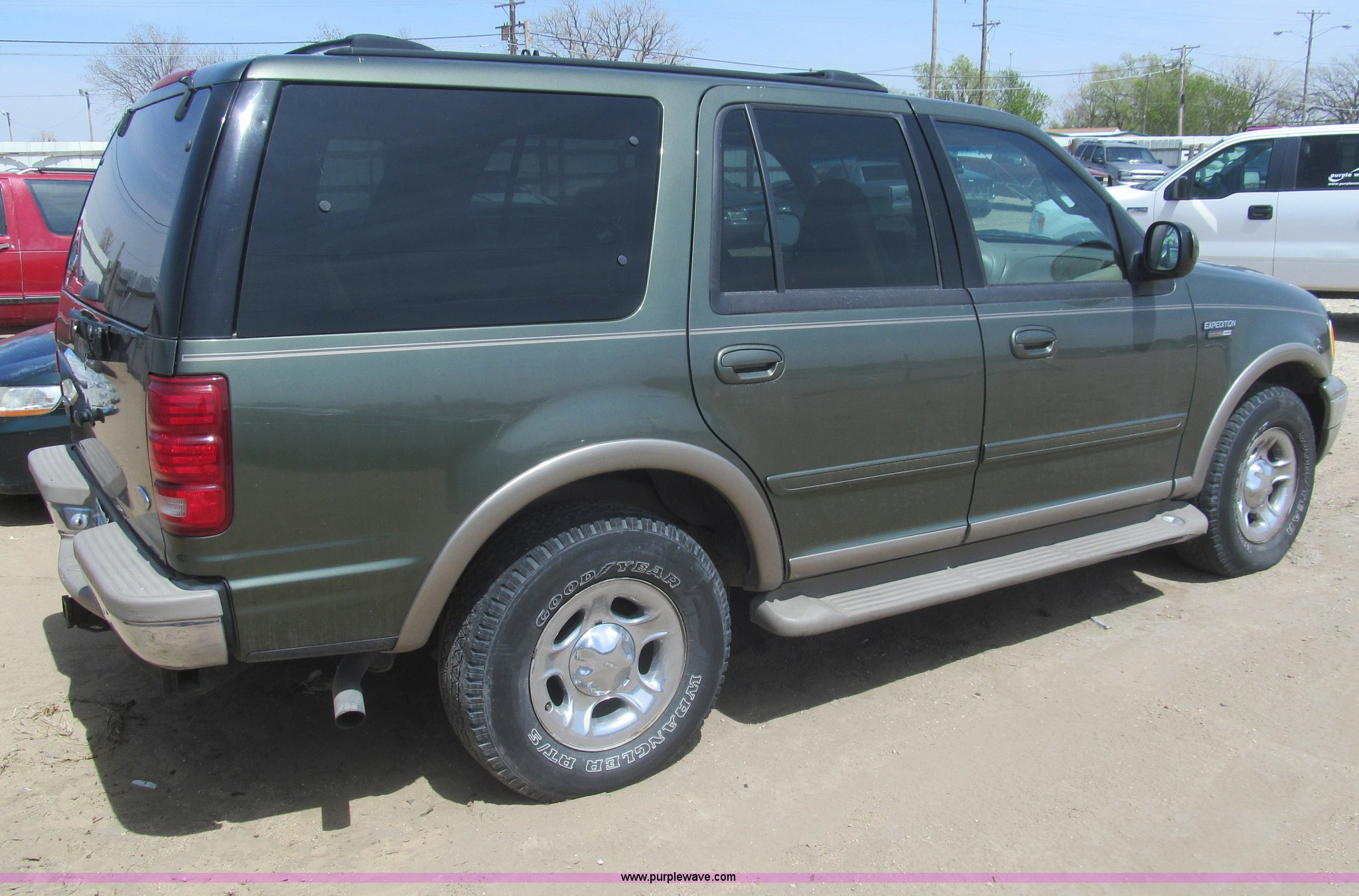 2001 ford expedition eddie bauer suv full size in new window