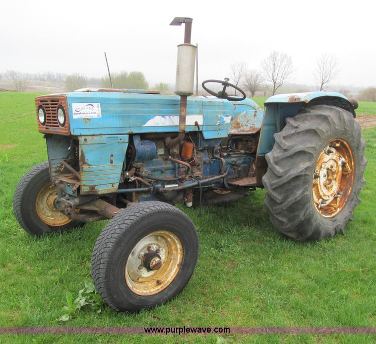 long u550 tractor item j3499 sold may 28 vehicles and e