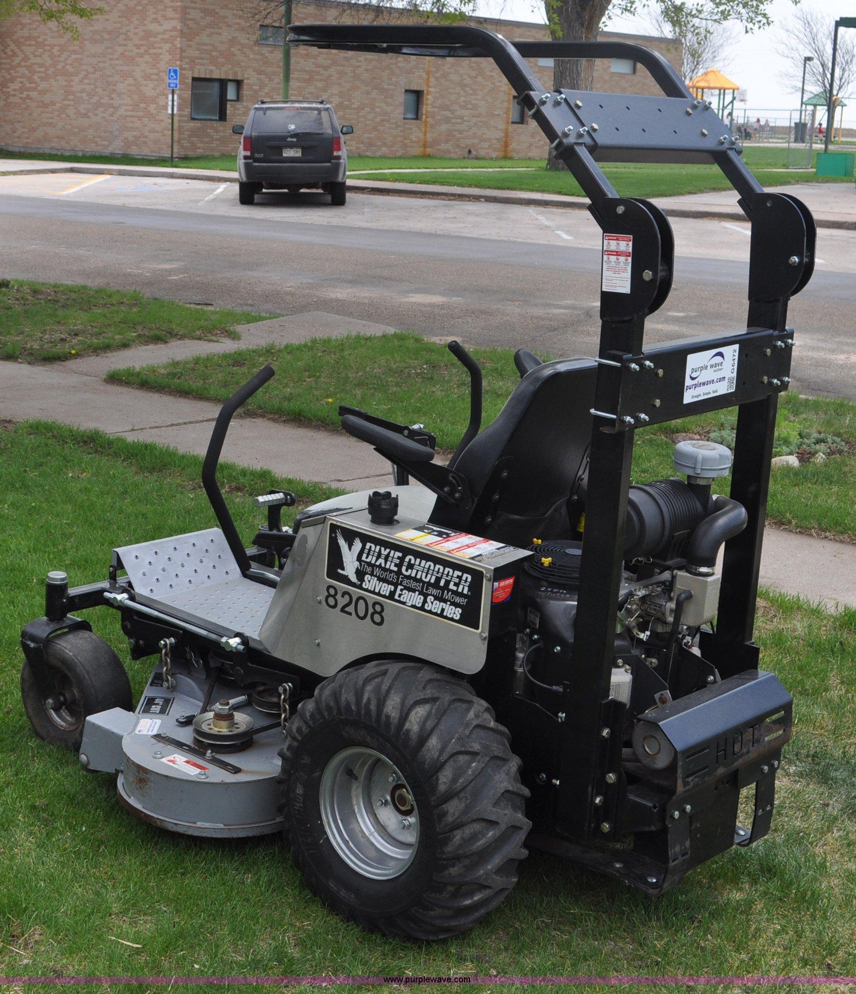 Dixie Chopper LT2700 ZTR lawn mower   Item G6472   SOLD! May