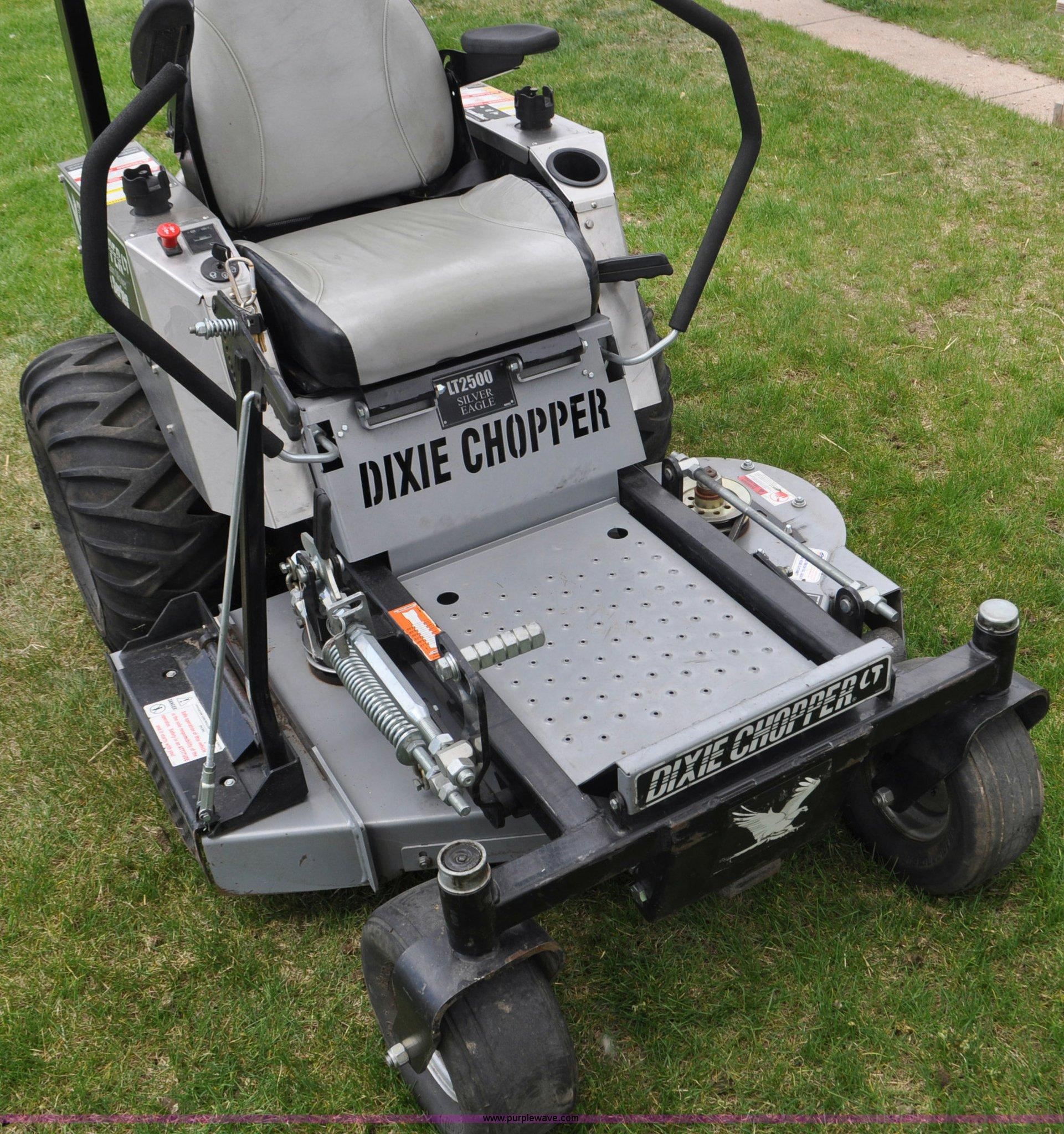 Dixie Chopper LT2700 ZTR lawn mower | Item G6472 | SOLD! May