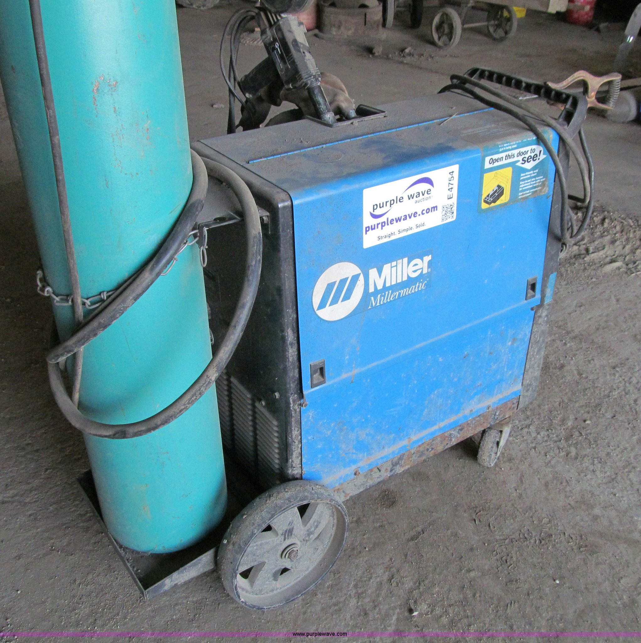 Miller Millermatic 250X wire feed welder | Item E4754 | SOLD...