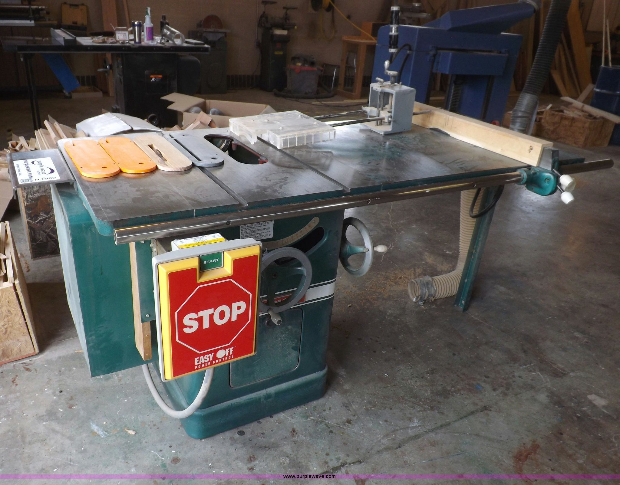 powermatic 66 table saw item h1900 sold june 3 governme rh purplewave com powermatic 66 table saw weight powermatic 66 table saw parts