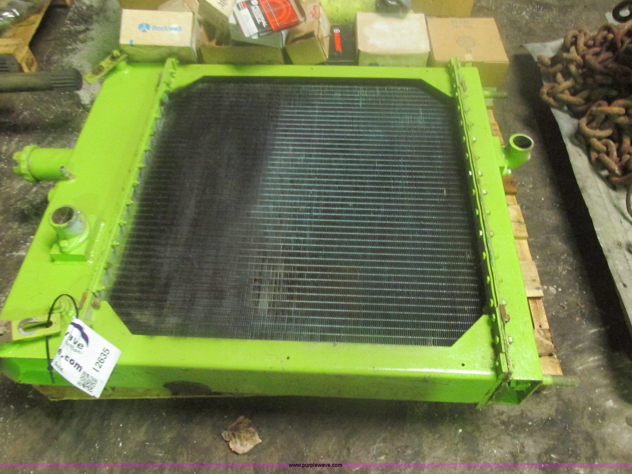 Assorted Terex TS14 scraper parts | Item I2635 | SOLD! June