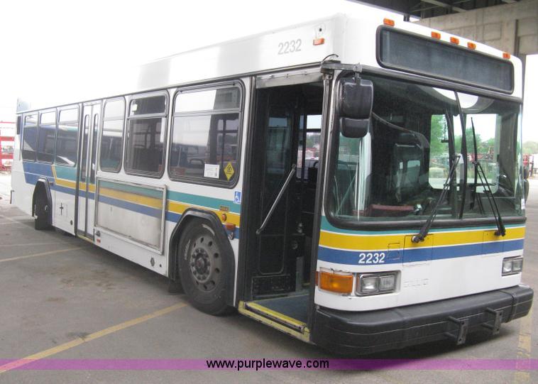 2002 Gillig Low Floor 35 Transit Bus No Reserve Auction