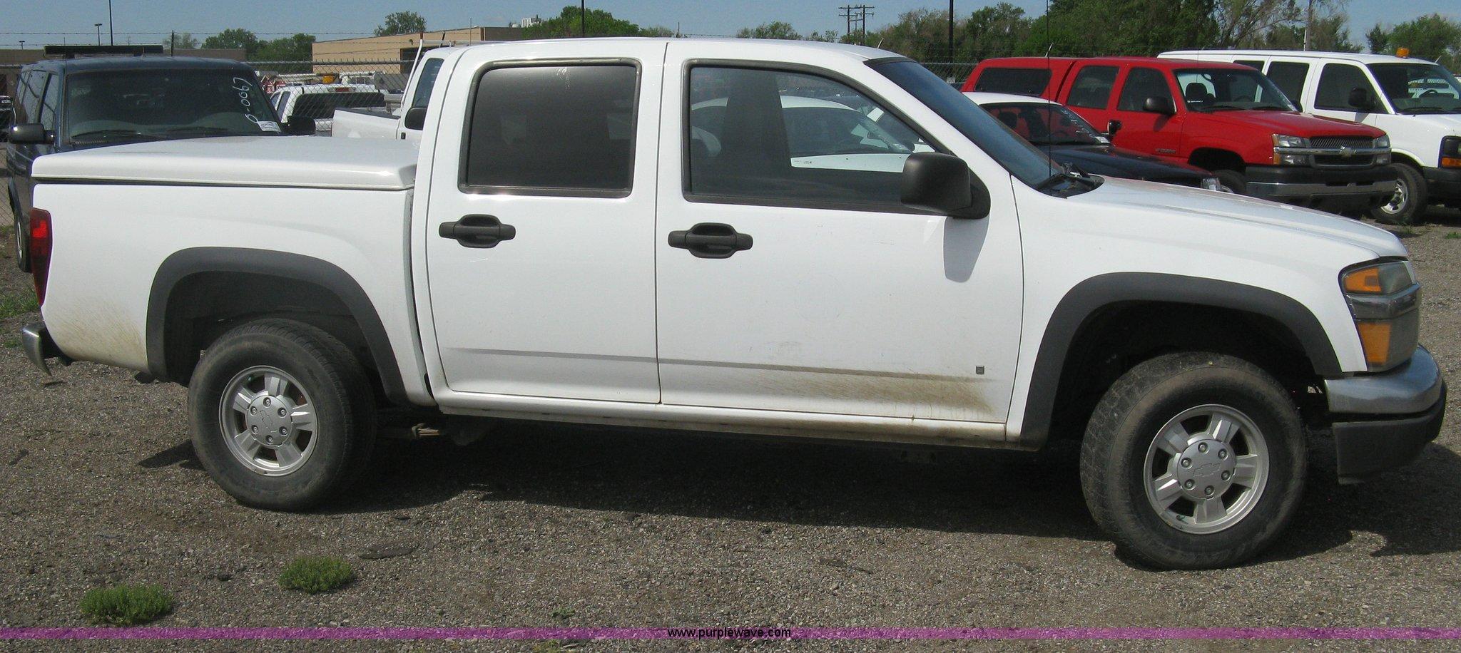 Colorado 2006 chevrolet colorado : 2006 Chevrolet Colorado Crew Cab pickup truck | Item G8267 |...