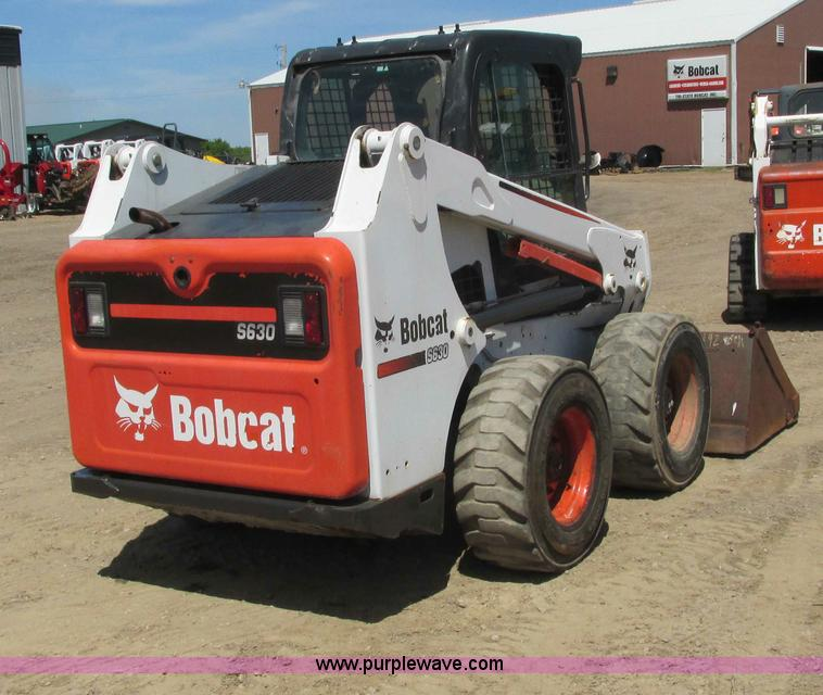 2011 Bobcat S630 skid steer | Item I3982 | SOLD! June 26 Tri