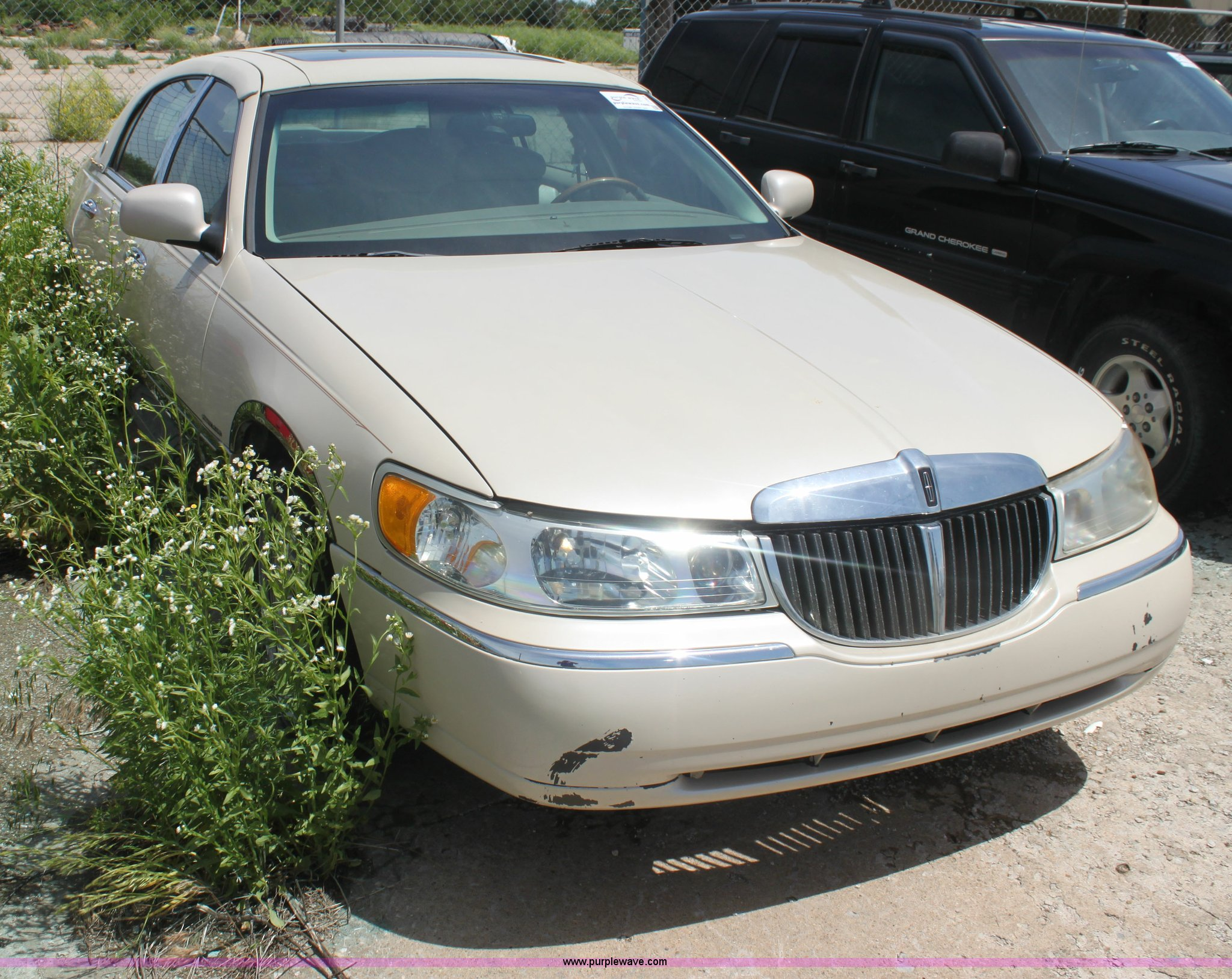 2000 Lincoln Town Car Cartier Diamond Edition Item I7363
