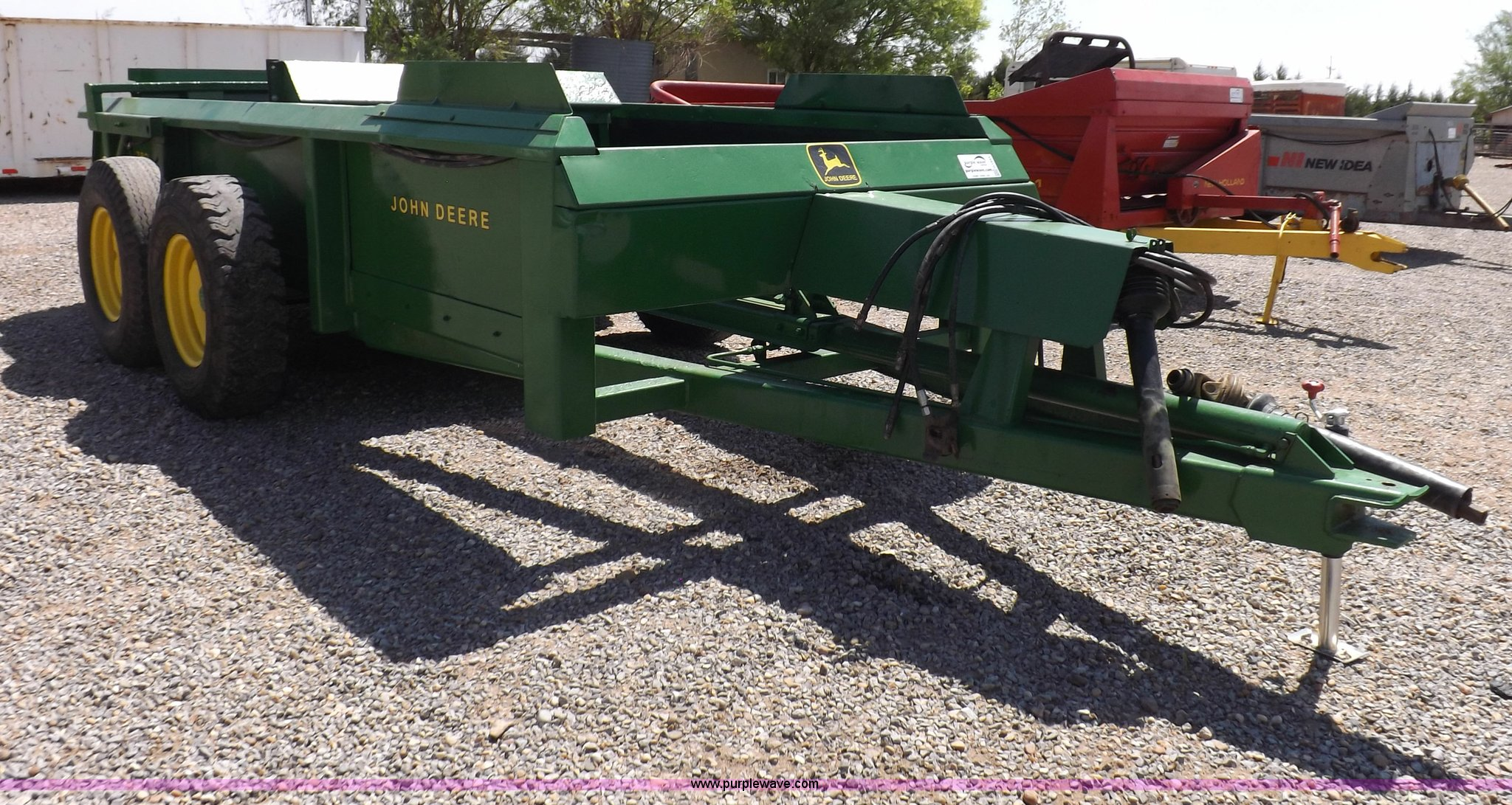 manure spreader full size in new window