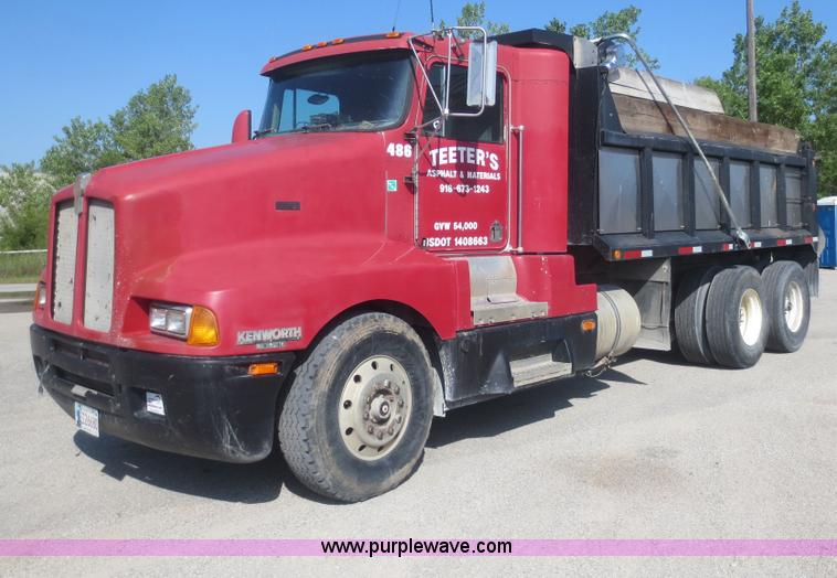 1993 Kenworth T600 dump truck | no-reserve auction on ...