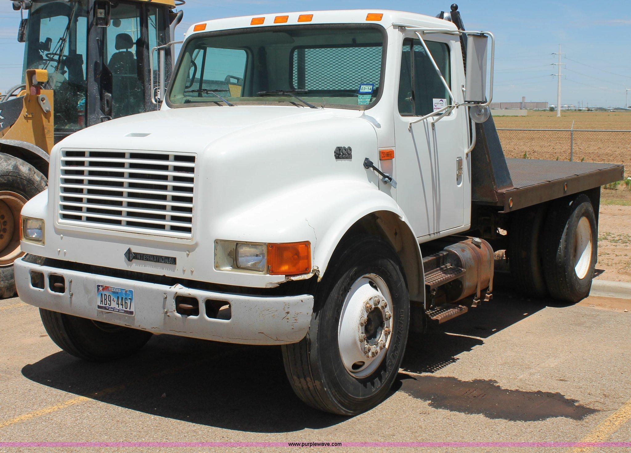 97 International 4700 >> 1997 International 4700 Flatbed Truck Item C3887 Sold J