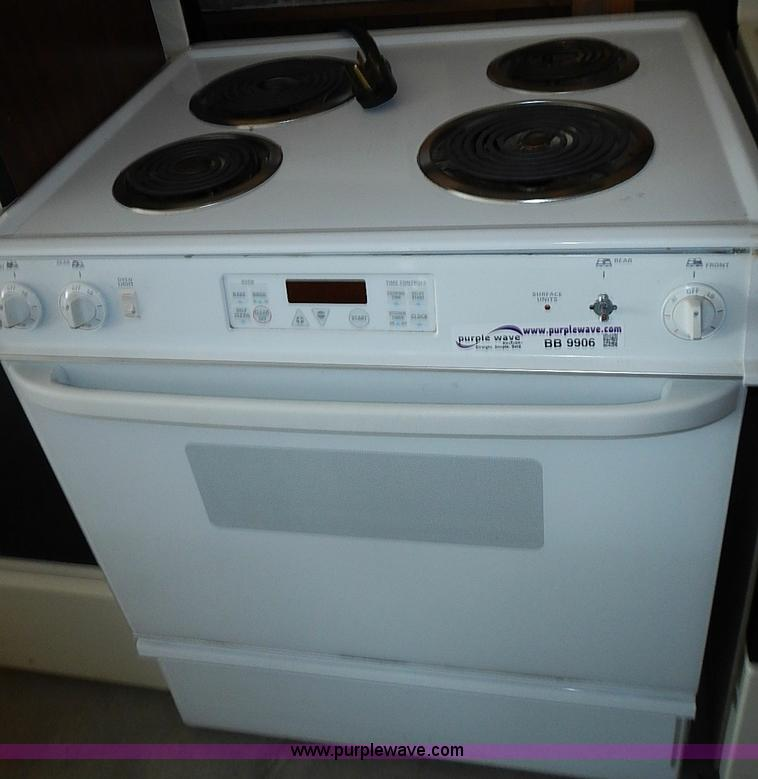 Kitchen Appliances No Reserve Auction On Tuesday August