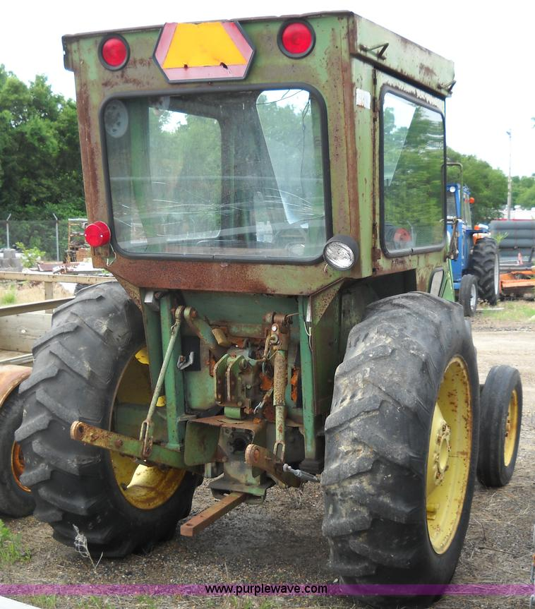 John Deere 1050 Tractor Seat : John deere tractor item d sold august