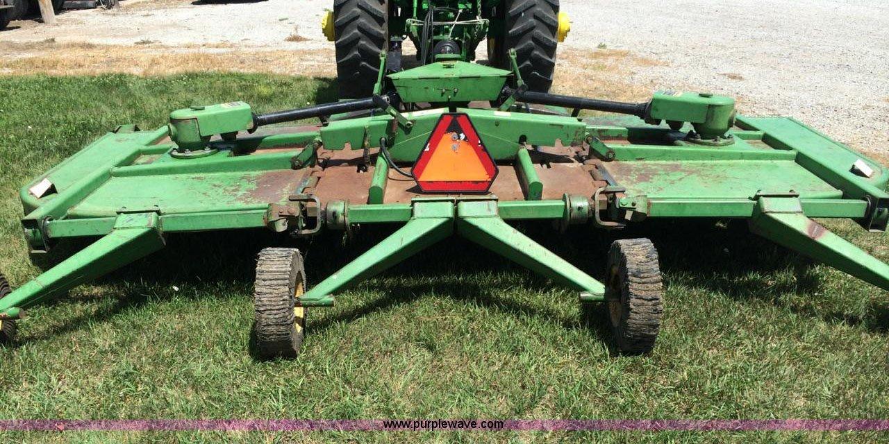John Deere 1508 batwing rotary mower | Item D1083 | SOLD! We