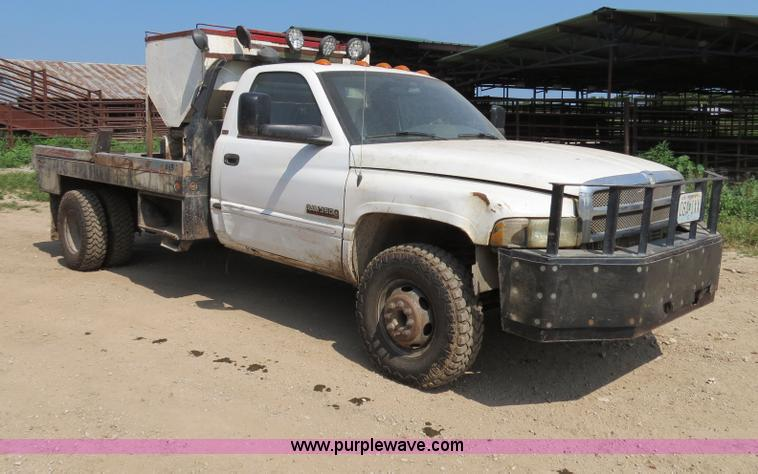 2002 dodge ram 3500 laramie slt flatbed truck in flemington mo item ac9396 sold purple wave 2002 dodge ram 3500 laramie slt flatbed