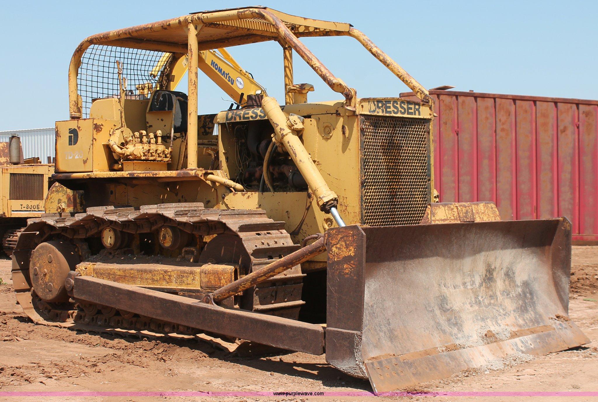 Dresser TD-20 dozer | Item H5635 | SOLD! August 14 Construct
