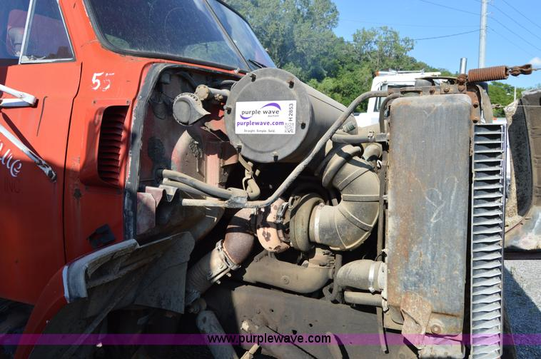 Detroit Diesel 671 diesel engine | Item H2853 | SOLD! August
