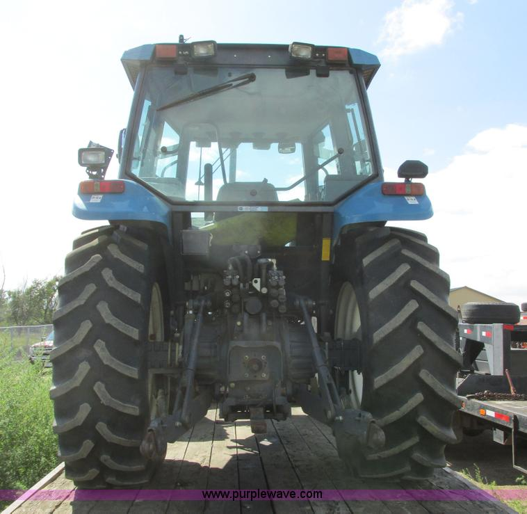 1999 New Holland TS110 MFWD tractor | Item I6197 | SOLD! Sep