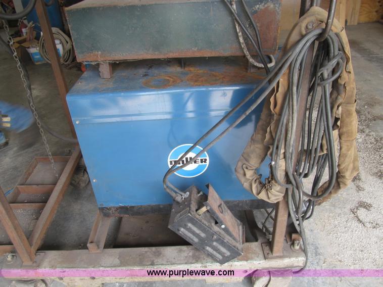 i8990 image for item i8990 1982 miller dialarc hf welder