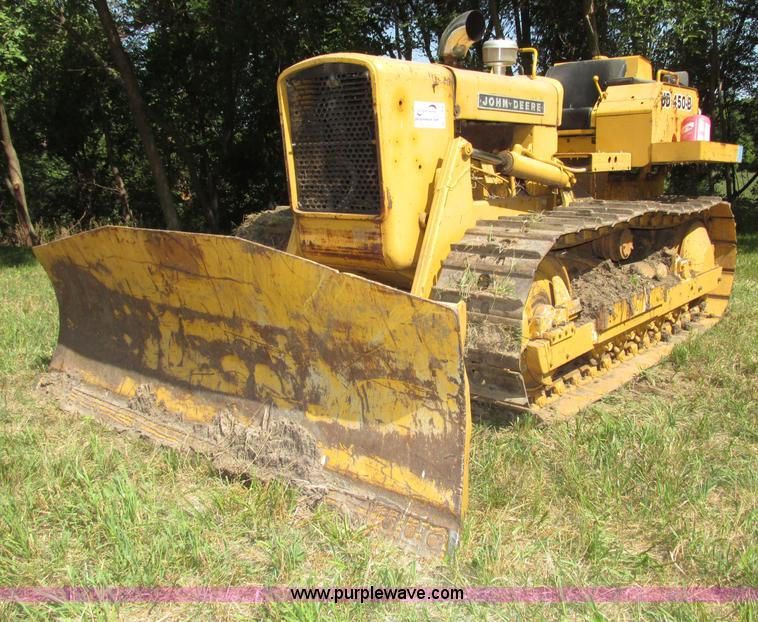 John Deere 450B dozer | Item F7468 | SOLD! September 11 Cons