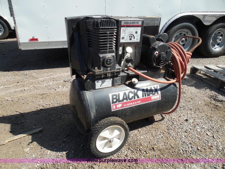 Sanborn Black Max Portable Air Compressor Item Be9939
