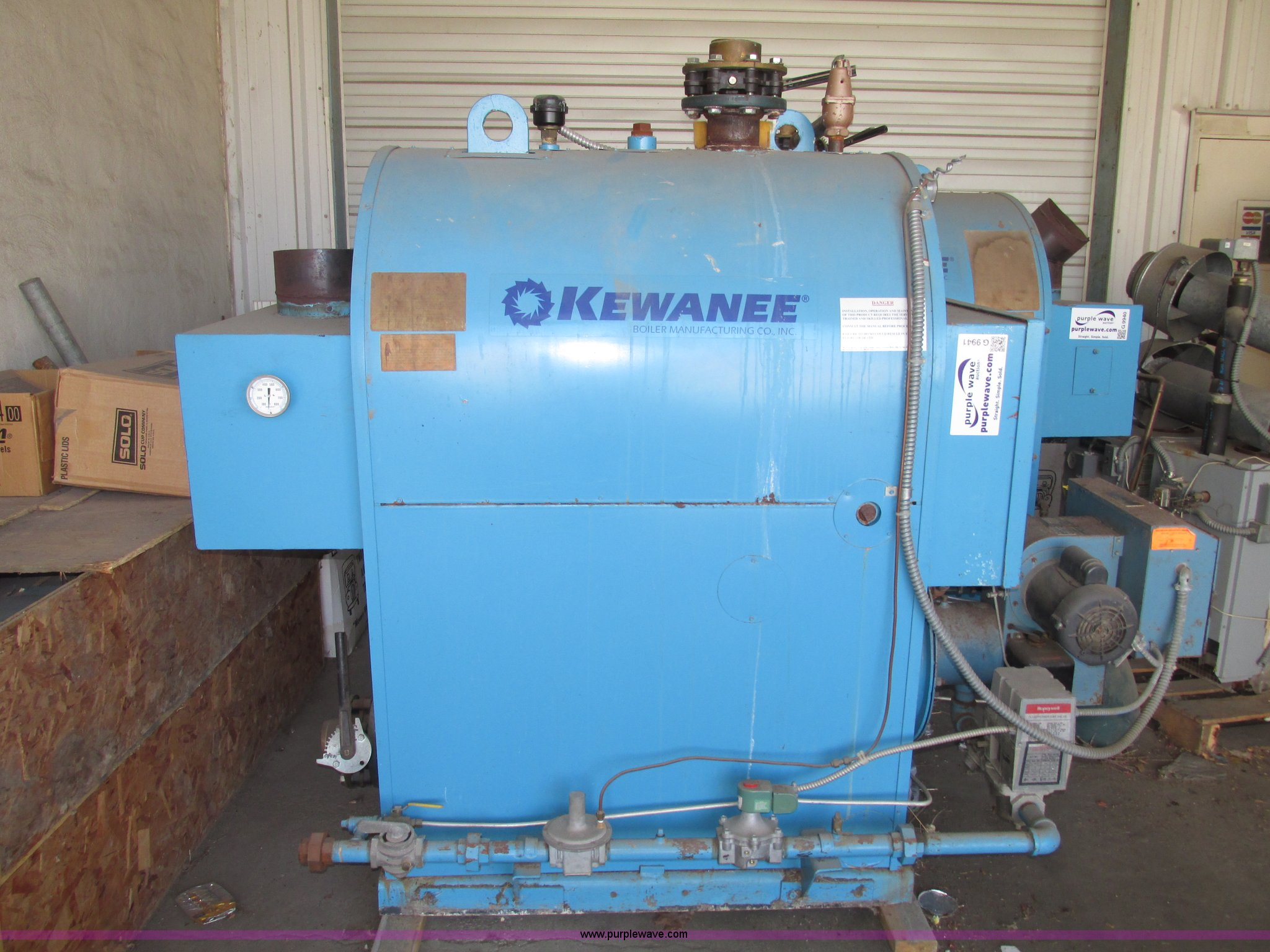 1998 Kewanee dual fuel hot water trim boiler | Item G9941 | ...