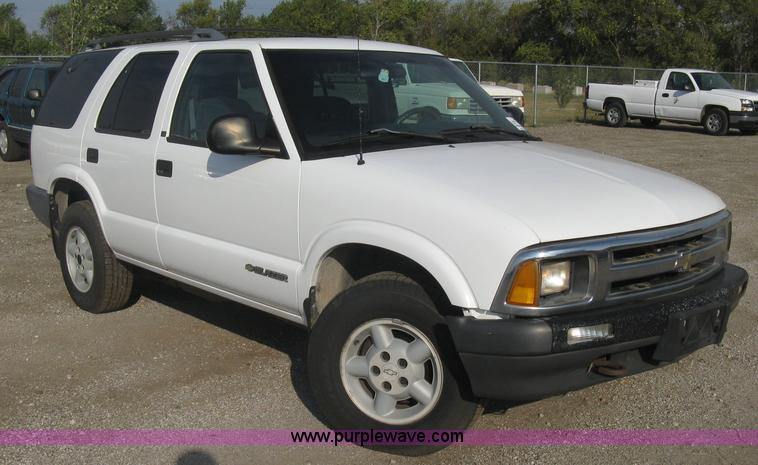 1996 Chevrolet Blazer Ls Suv Item E7993 Sold October 29