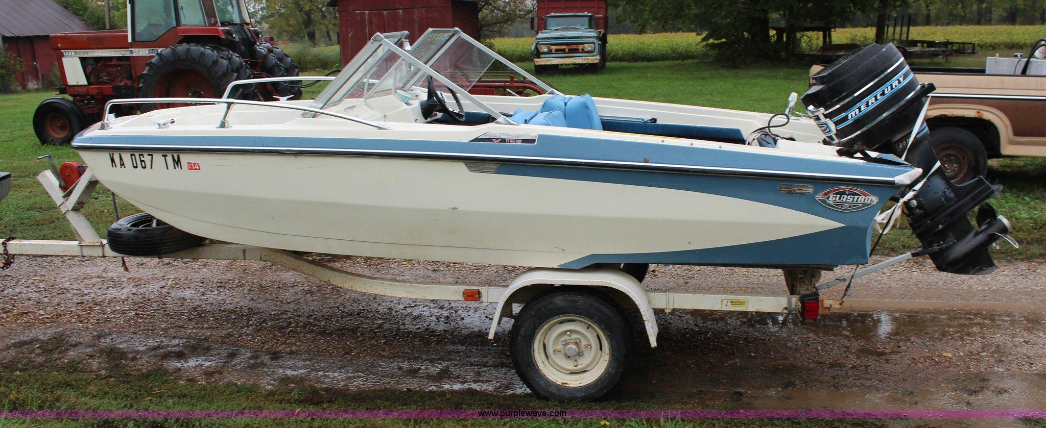1970 Glastron V156 Aqualift boat | Item I5880 | SOLD! Octobe