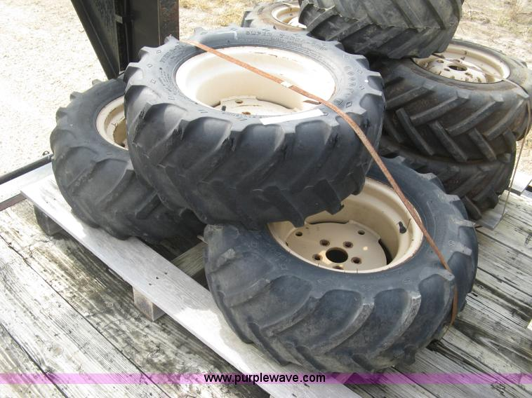 aw9983 image for item aw9983 3 29 x 125 x 15 tires and wheels