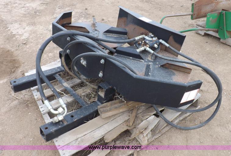 Hydraulic Chaff Spreader : Crary cyclone chaff spreader item h sold december