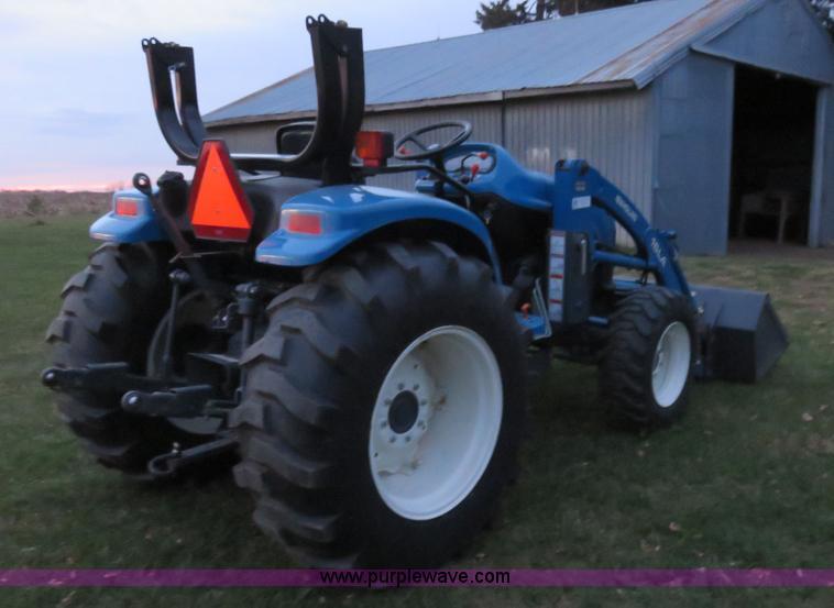 2001 New Holland TC35 MFWD tractor | Item I5921 | SOLD! Dece