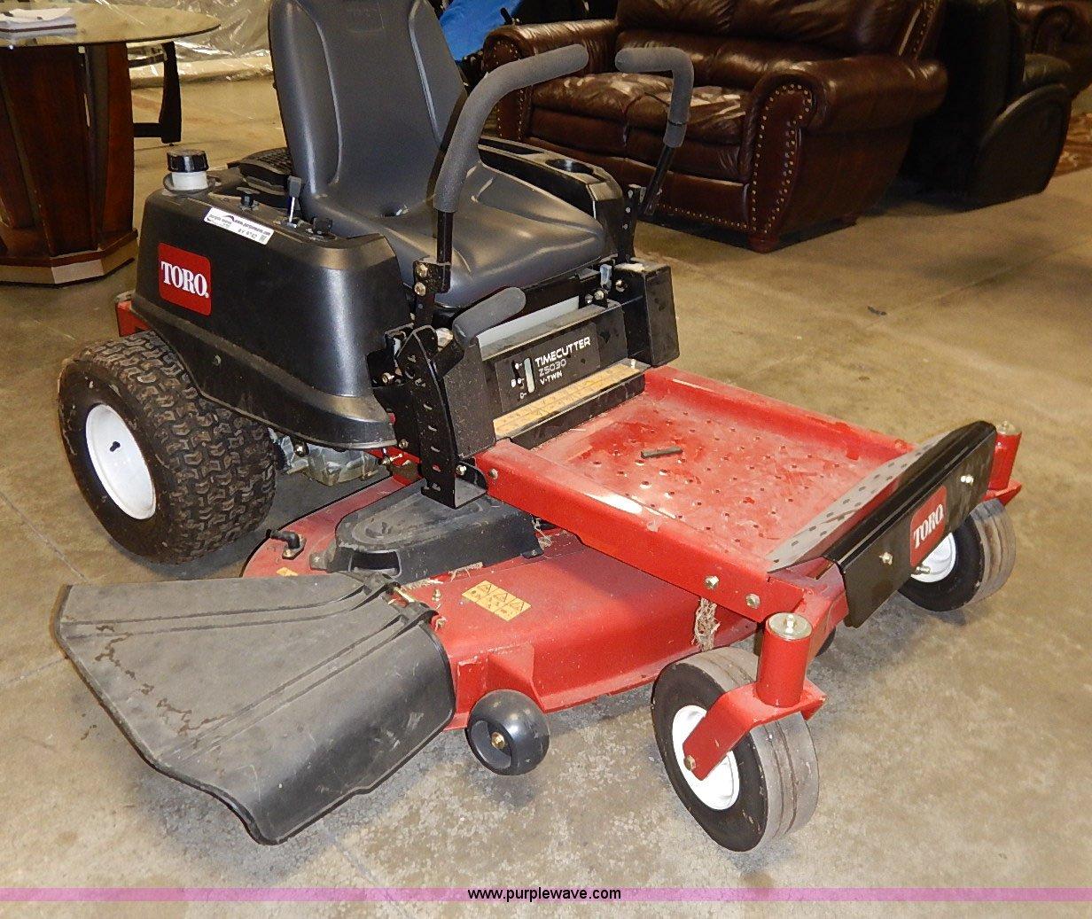 Toro Timecutter 25030 ZTR lawn mower   Item AV9742   SOLD! D