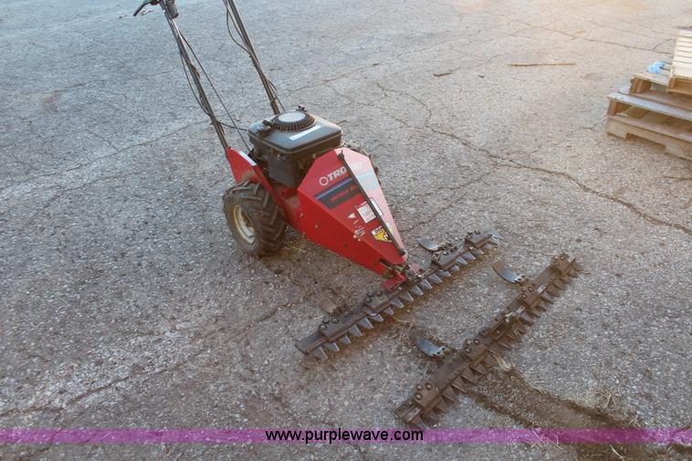 Troy-Bilt sickle blade mower | Item AV9337 | SOLD! December