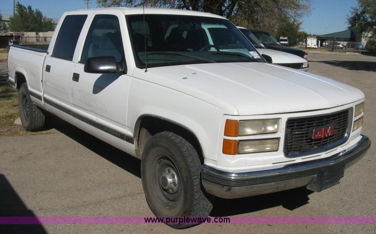 2000 gmc sierra 2500 sle crew cab pickup truck in wichita ks item h8748 sold purple wave 2000 gmc sierra 2500 sle crew cab