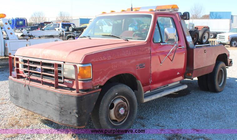 I Image For Item I  Ford F Xlt Tow Truck