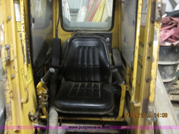 1991 New Holland L555 Deluxe skid steer | Item D1368 | SOLD!