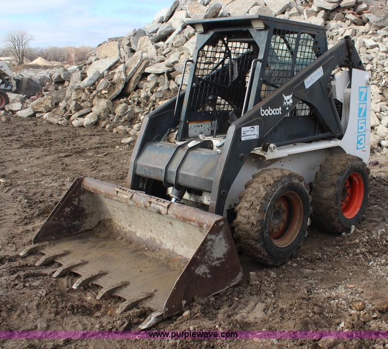 1993 Bobcat 7753 skid steer | Item I2440 | SOLD! February 5
