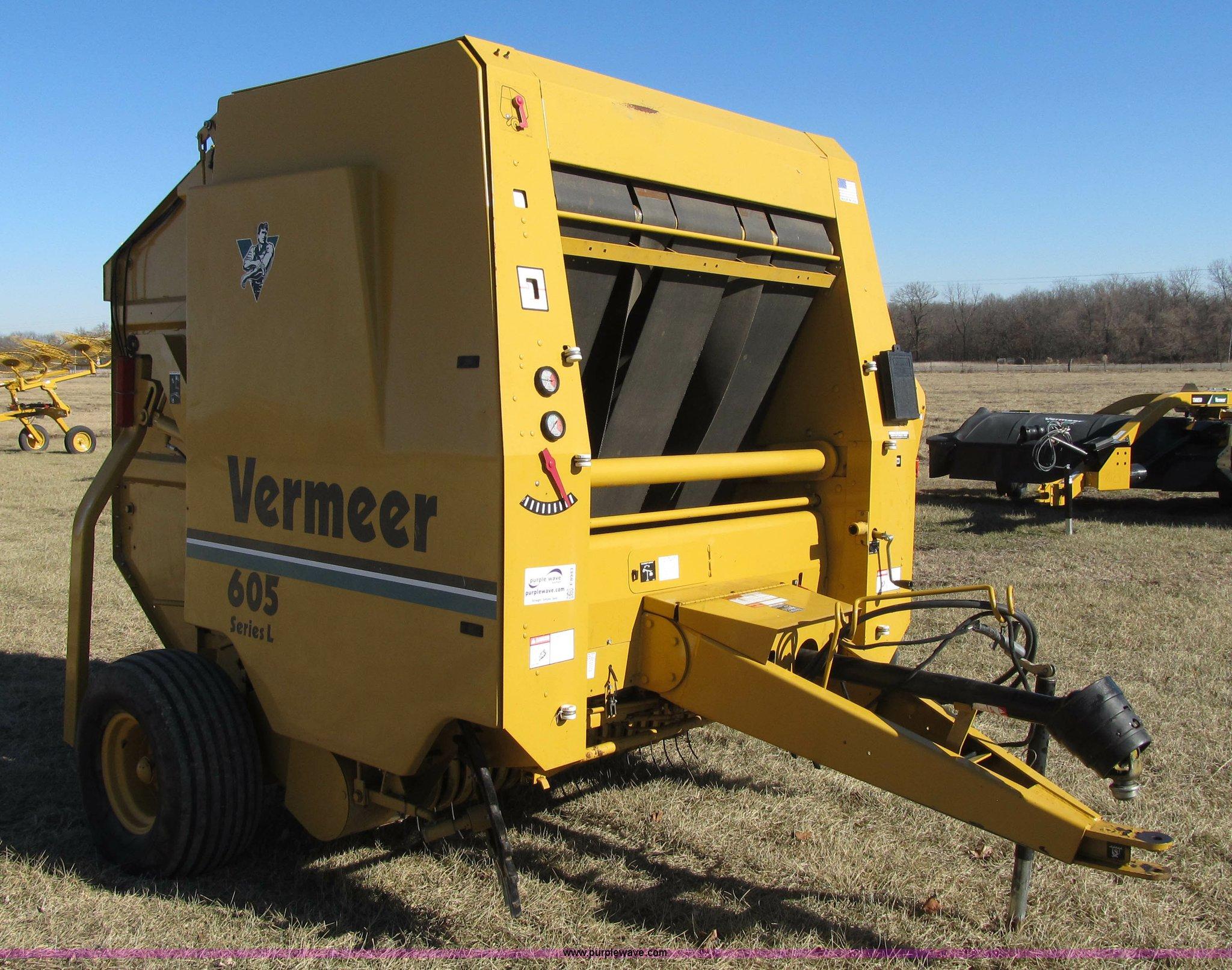 vermeer 605l round baler item f8943 sold february 11 ag rh purplewave com Vermeer 605C Round Baler Vermeer Baler Super M