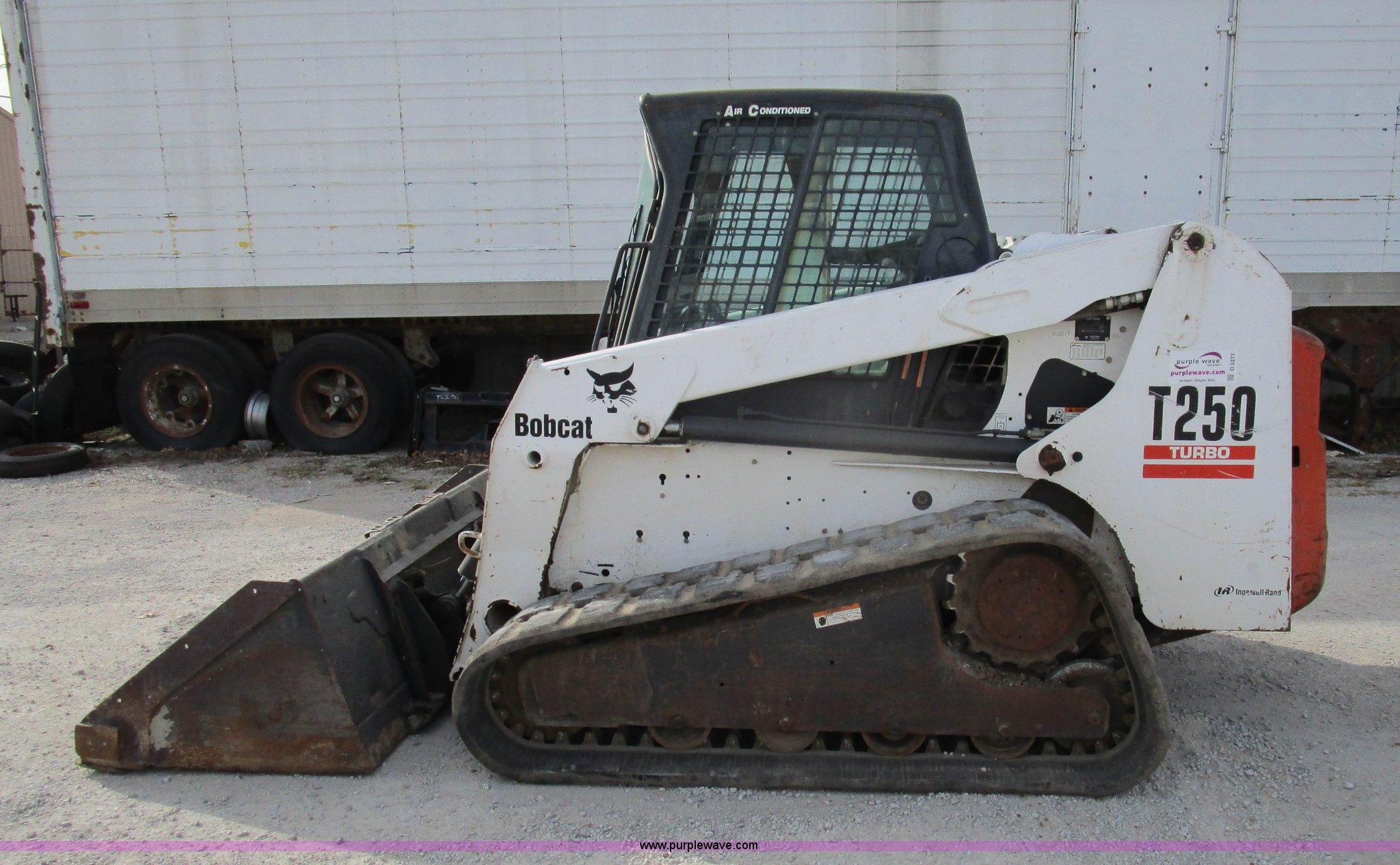 ... T250 skid steer Full size in new window ...