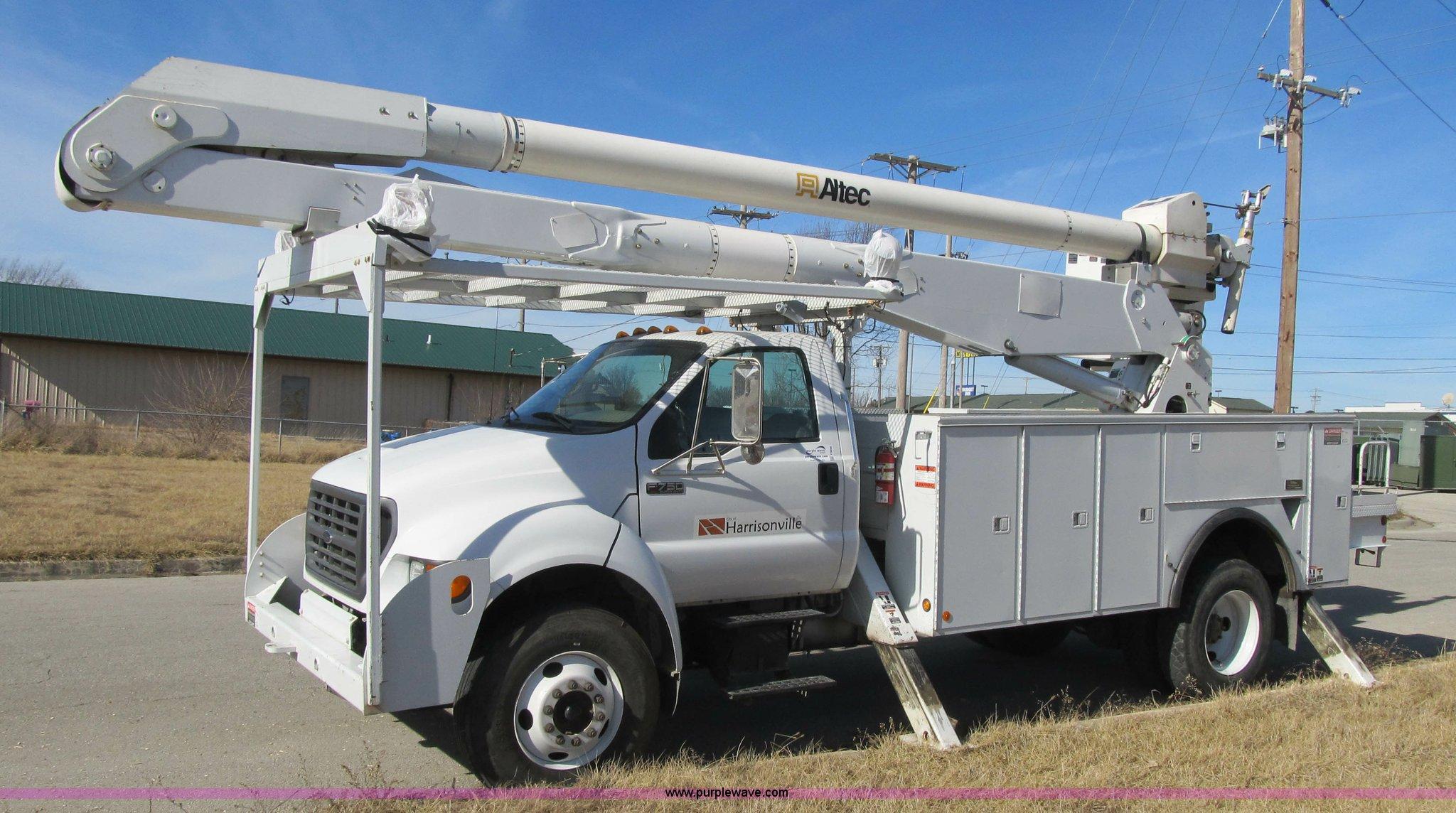altec boom truck service manual open source user manual u2022 rh dramatic varieties com Altec Bucket Trucks Altec AT200A Bucket Boom