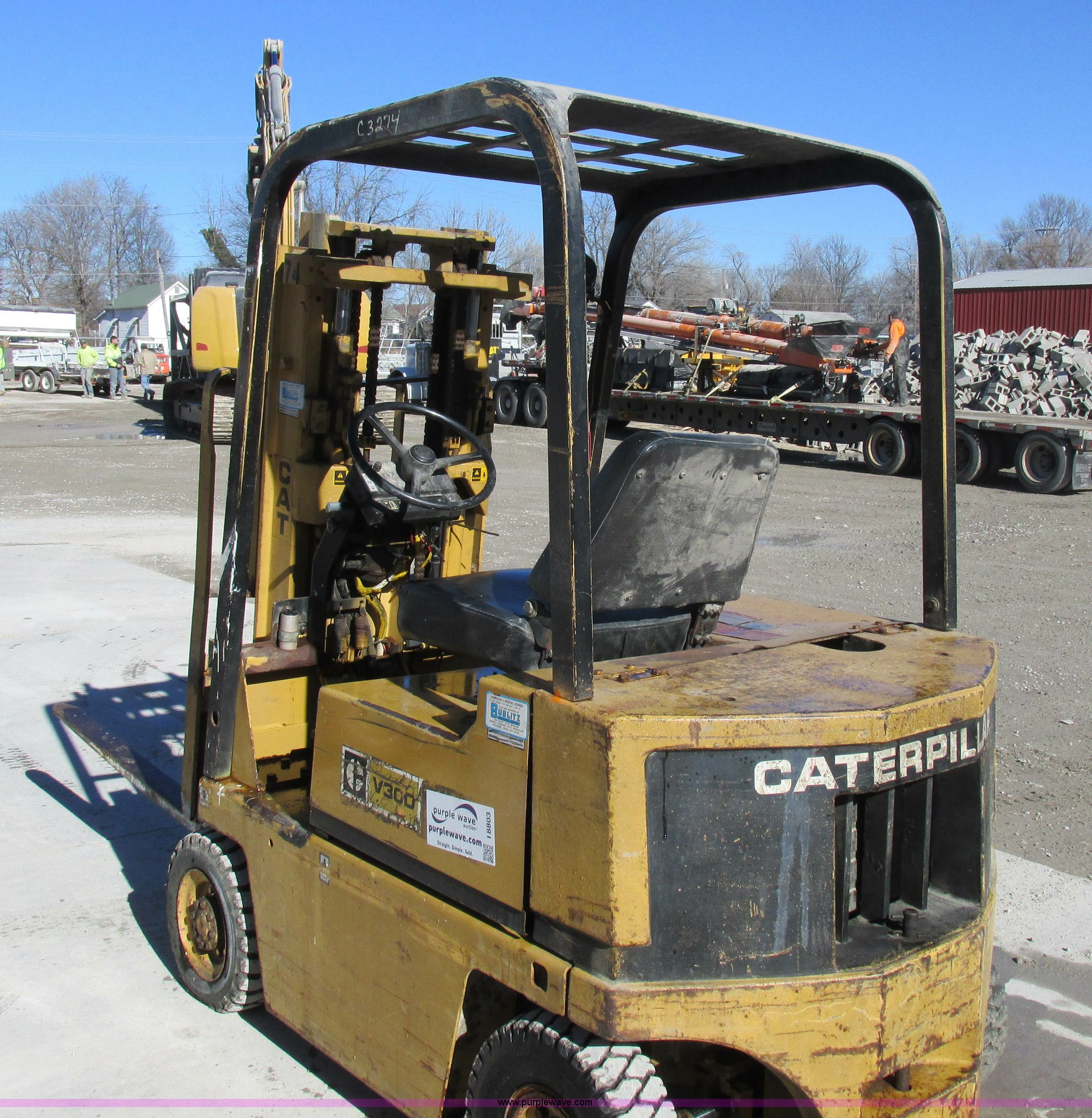 Caterpillar V30D forklift | Item I8803 | SOLD! February 26 C