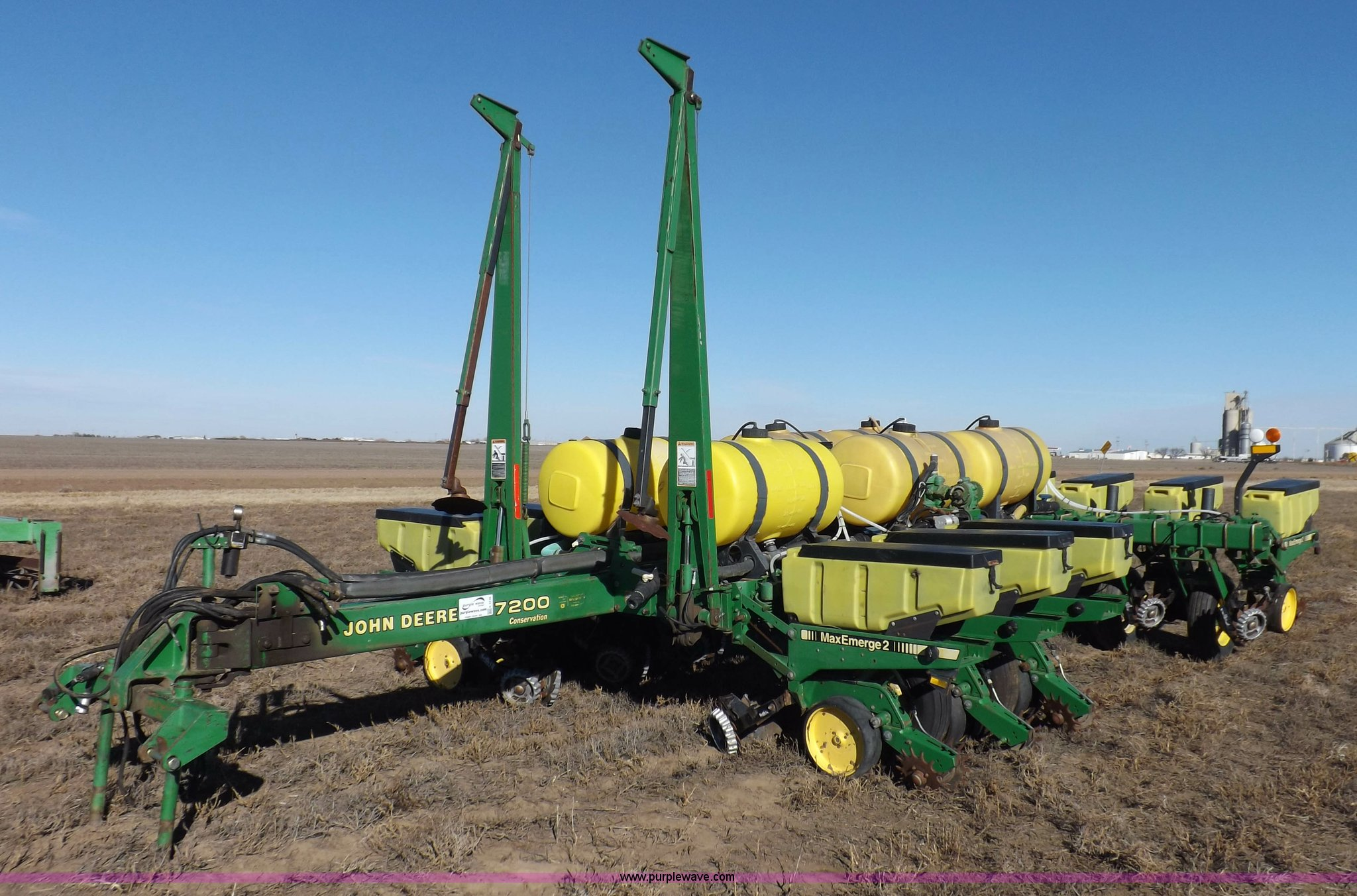 John Deere 7200 Conservation Planter Item K3136 Sold Fe