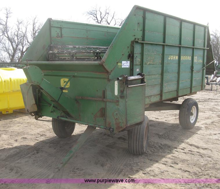 John Deere 112 Silage Wagon