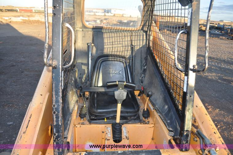 1997 Mustang 2070 skid steer | Item F2201 | SOLD! March 12 C