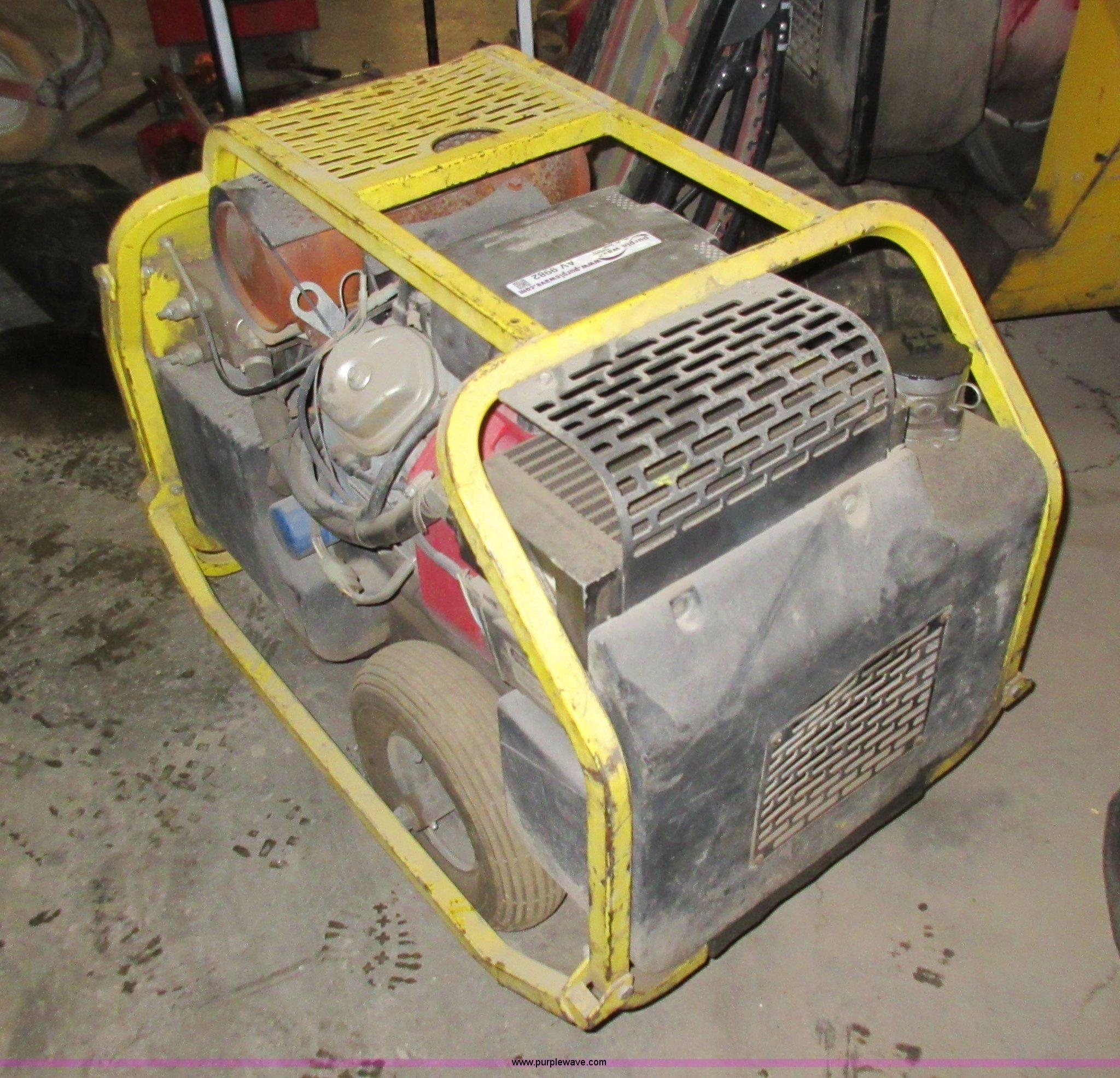 Stanley hydraulic power pack   Item AV9982   SOLD! March 12