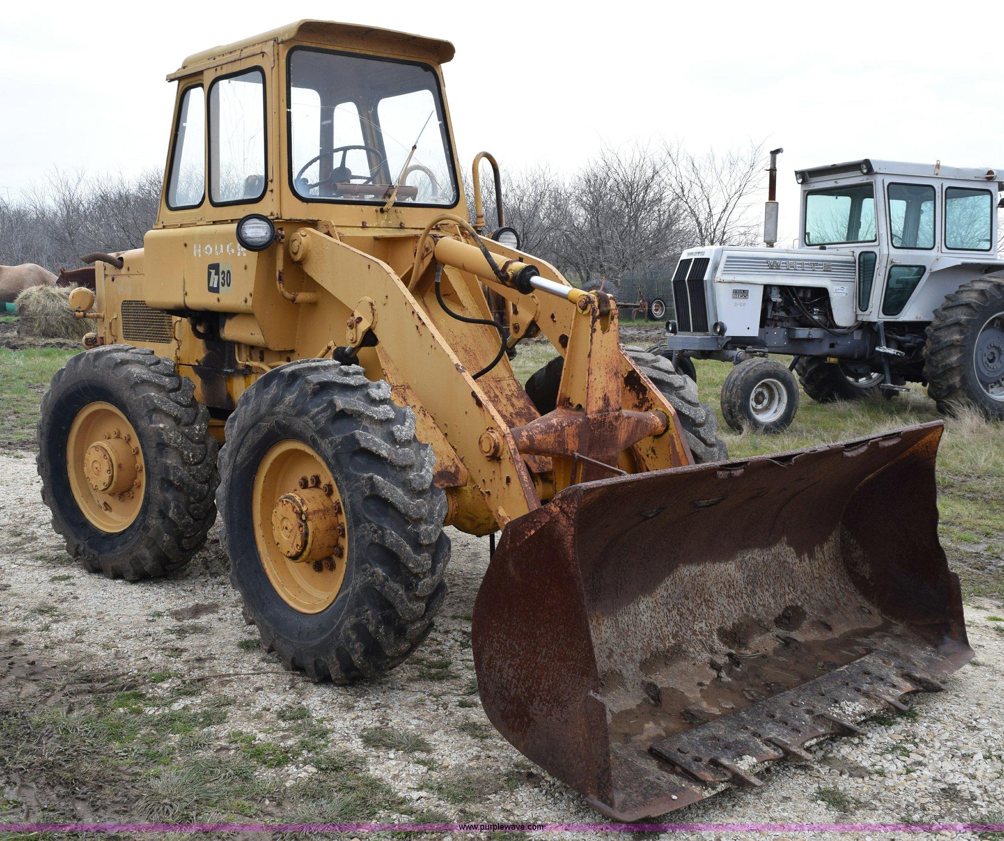 Hough H30 wheel loader | Item E6248 | SOLD! March 26 Constru