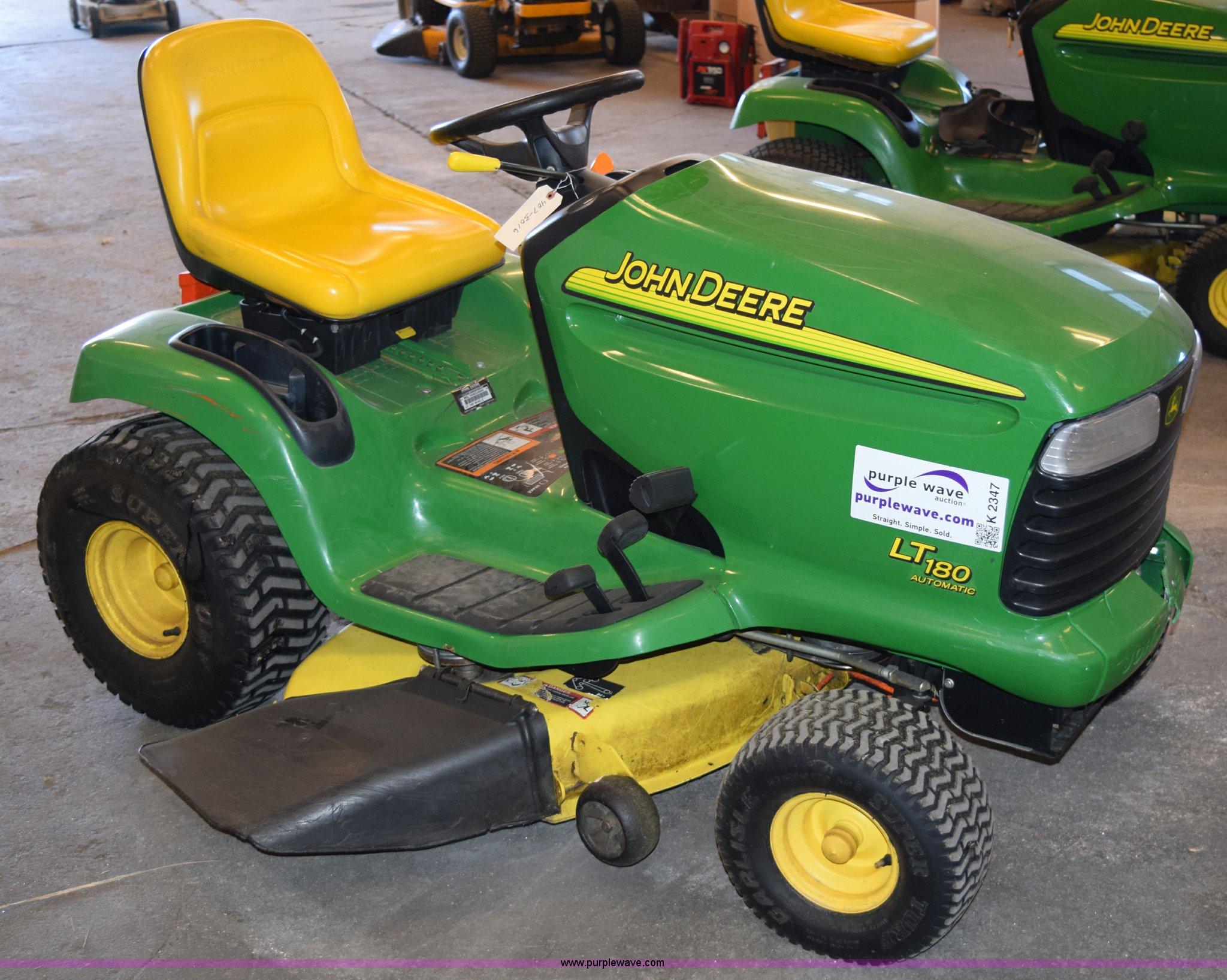 ... John Deere LT180 lawn mower Full size in new window ...
