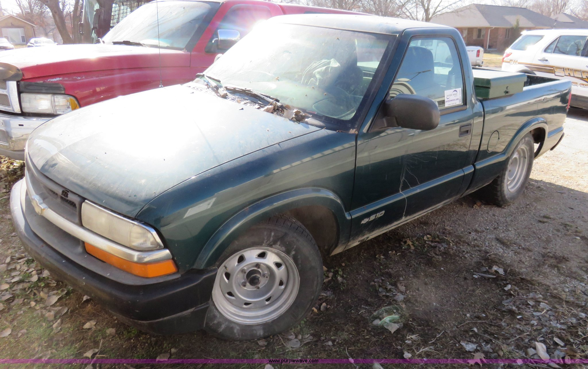 K7064 image for item K7064 1998 Chevrolet S10 pickup truck